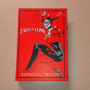 RARE Harley Quinn Comic Beauty Book 💭 NEW